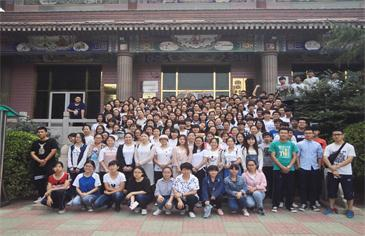 马原教研室组织师生赴曲寨开展实践教学